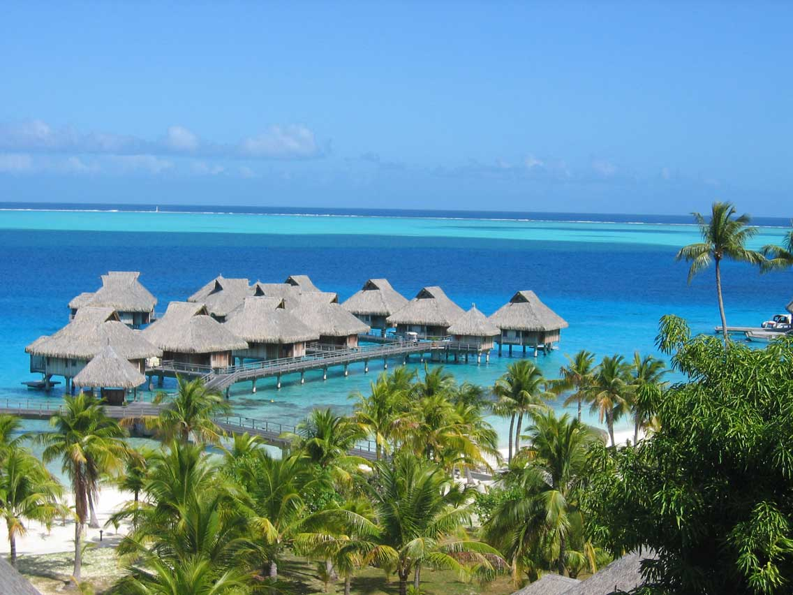 hotels bora society islands